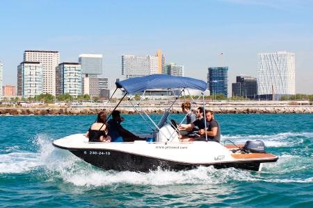 Alquiler barco sin carnet Barcelona 6 personas