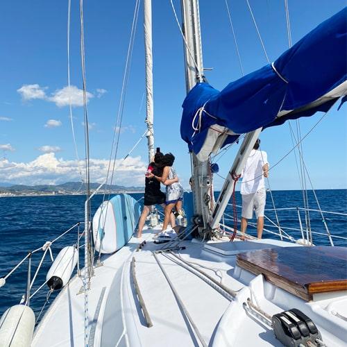 Alquiler velero Barcelona con otras actividades